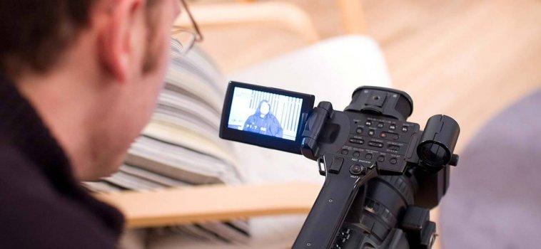 ¿Te van a entrevistar en vídeo? Aquí tienes algunos consejos